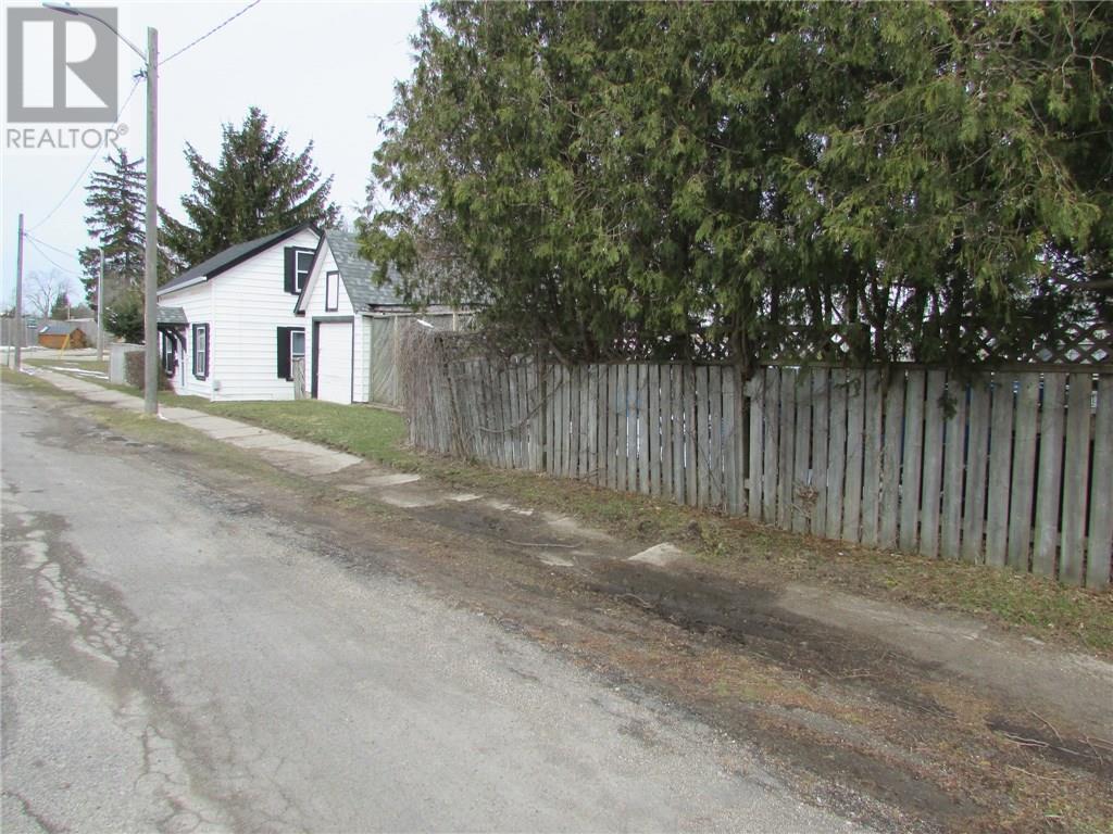 38 Cobourg Lane